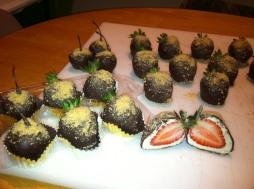 Cheesecake Strawberry Bombs